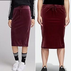 Adidas Velvet Burgundy Midi Pencil skirt